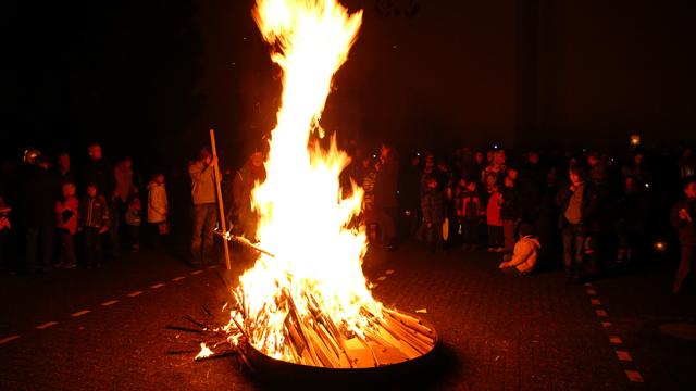 Das Martinsfeuer.